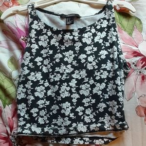 black and white floral crop top
